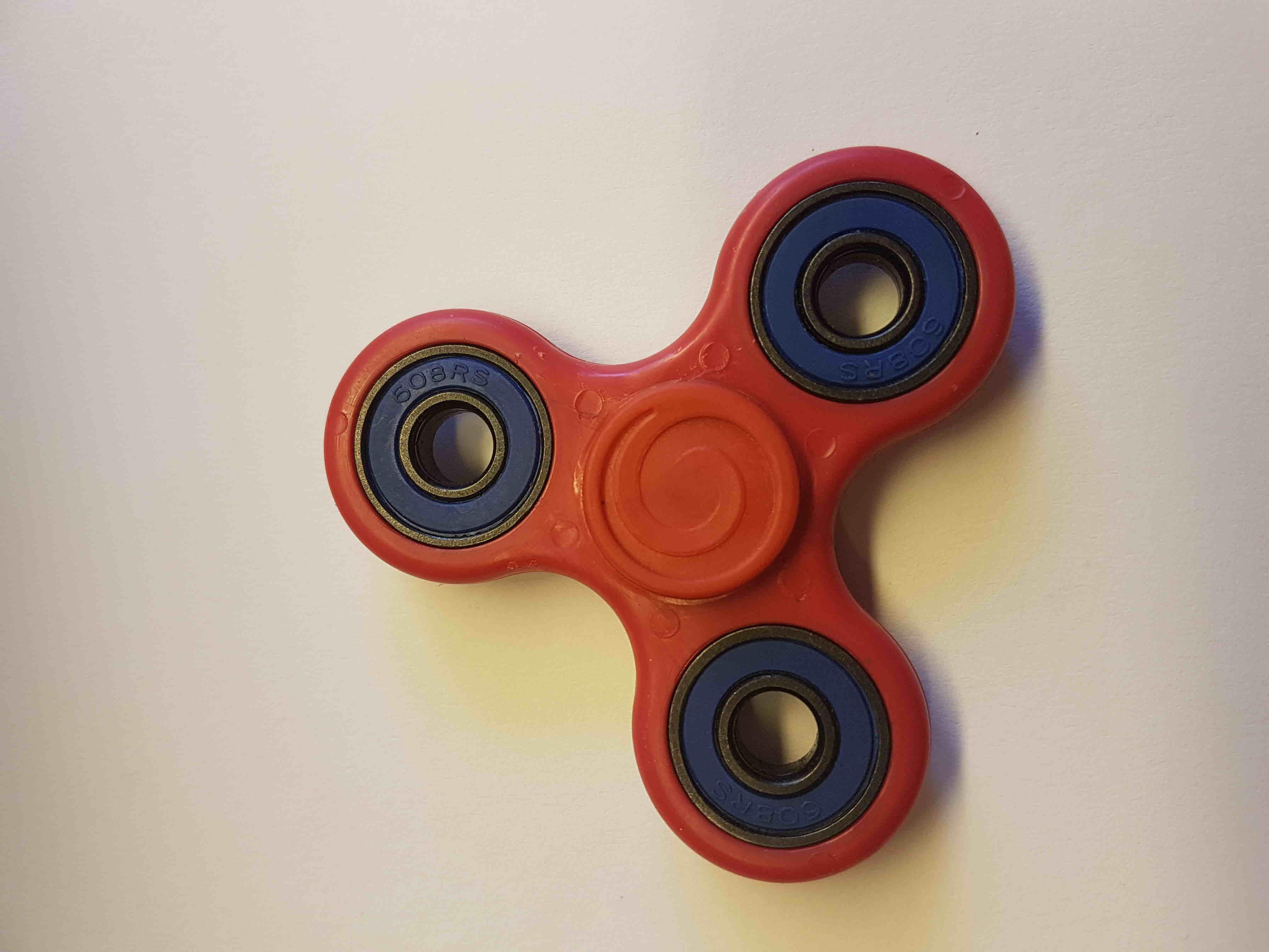 Finger spinner plast (Fidget spinner)